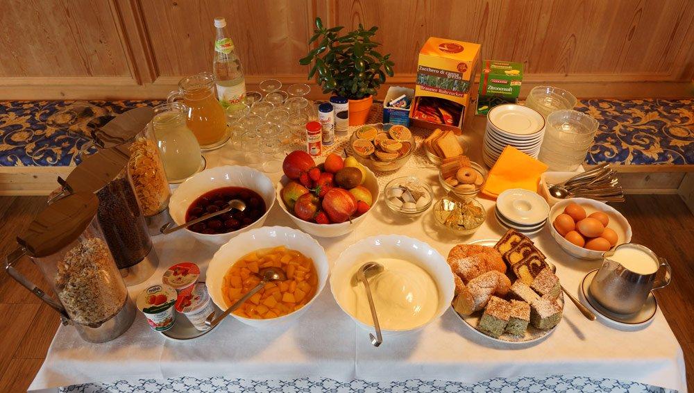 Pensione con colazione a Velturno/ Alto Adige Il miglior modo di iniziare una giornata piena di attività