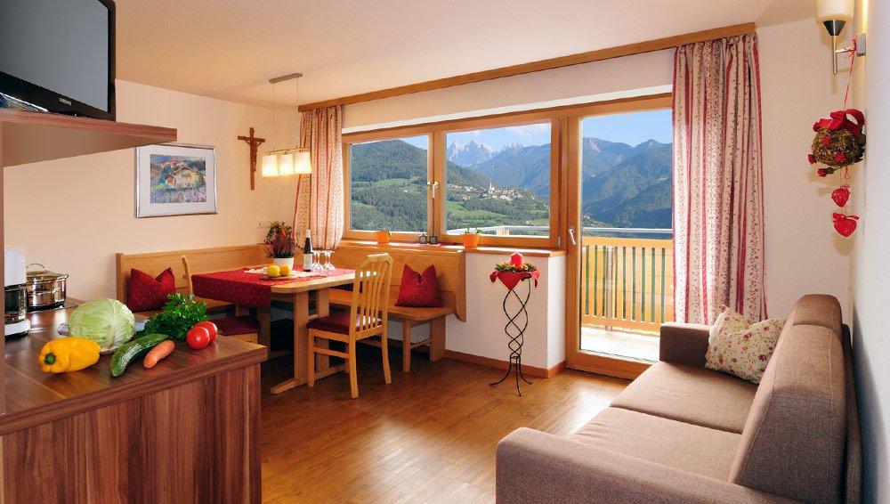 Zimmer Brixen – Pension Huberhof Feldthurns